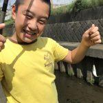 【鳩川でウグイ釣り】柔道だけでは、気持ちが持たないだろうと親子で川魚釣り。
