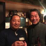 【憧れの方が。津留崎健さん、背後に観ずる。」パタゴニアのパーティーにて。