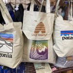 【#プラごみゼロ、遂に前進❗️】ビニール袋有料化に布製トート持参しよっと。